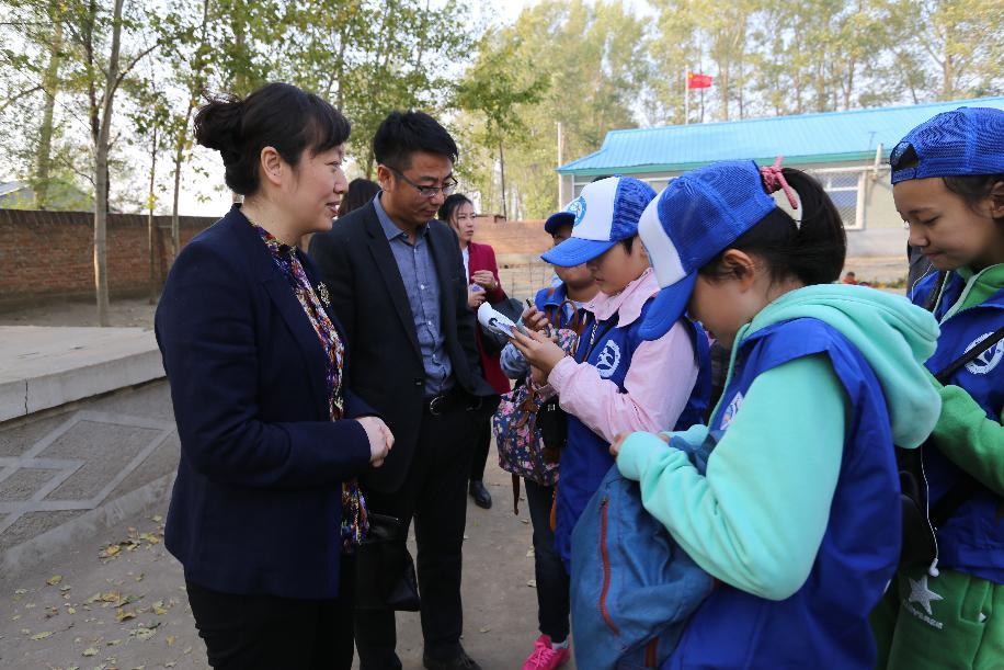 吉林新华小记者采访相关爱心人士